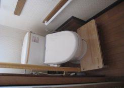 K様邸 トイレ踏段設置工事