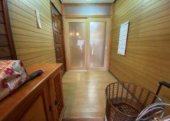 大牟田市 R様邸 玄関ホール・廊下床貼り増し工事